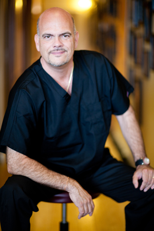 For over twenty years, Dr. George Gauthier has served as the doctor, advisor and personal physician to Hollywood's celebrities, A-list sports superstars, top athletes, Olympians, music industry legends, CEO's of multi-national corporations and Fortune 500 business leaders: people who desire to be in extraordinary health and perform at peak performance. <br/><br/> As a world recognized authority in natural health care, beauty and peak human performance (both mental and physical), he has been consistently honored for his healing skill and talent, intellect, innovation, as well as philanthropic humanitarian and animal efforts.